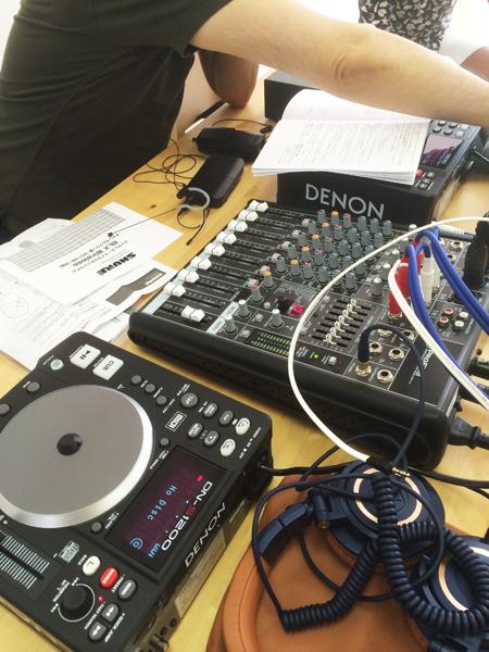 好きなコトと仕事(音楽とセミナー)を融合 DJしながらセミナーをやりました