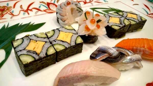 中村くんが握った細工寿司